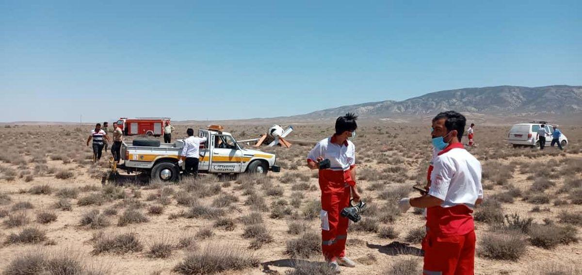 عکس جنازه های خلبان و کمک خلبان در محل سقوط هواپیمای بجنورد