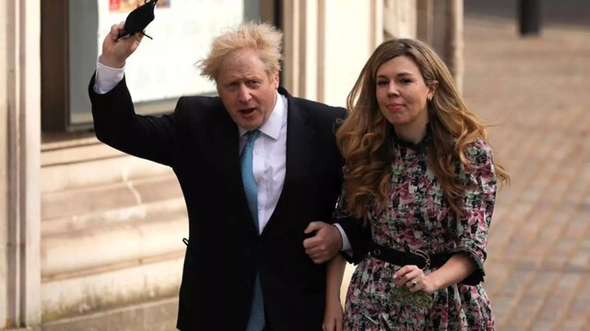 نخست وزیر انگلیس یواشکی عروسی کرد!