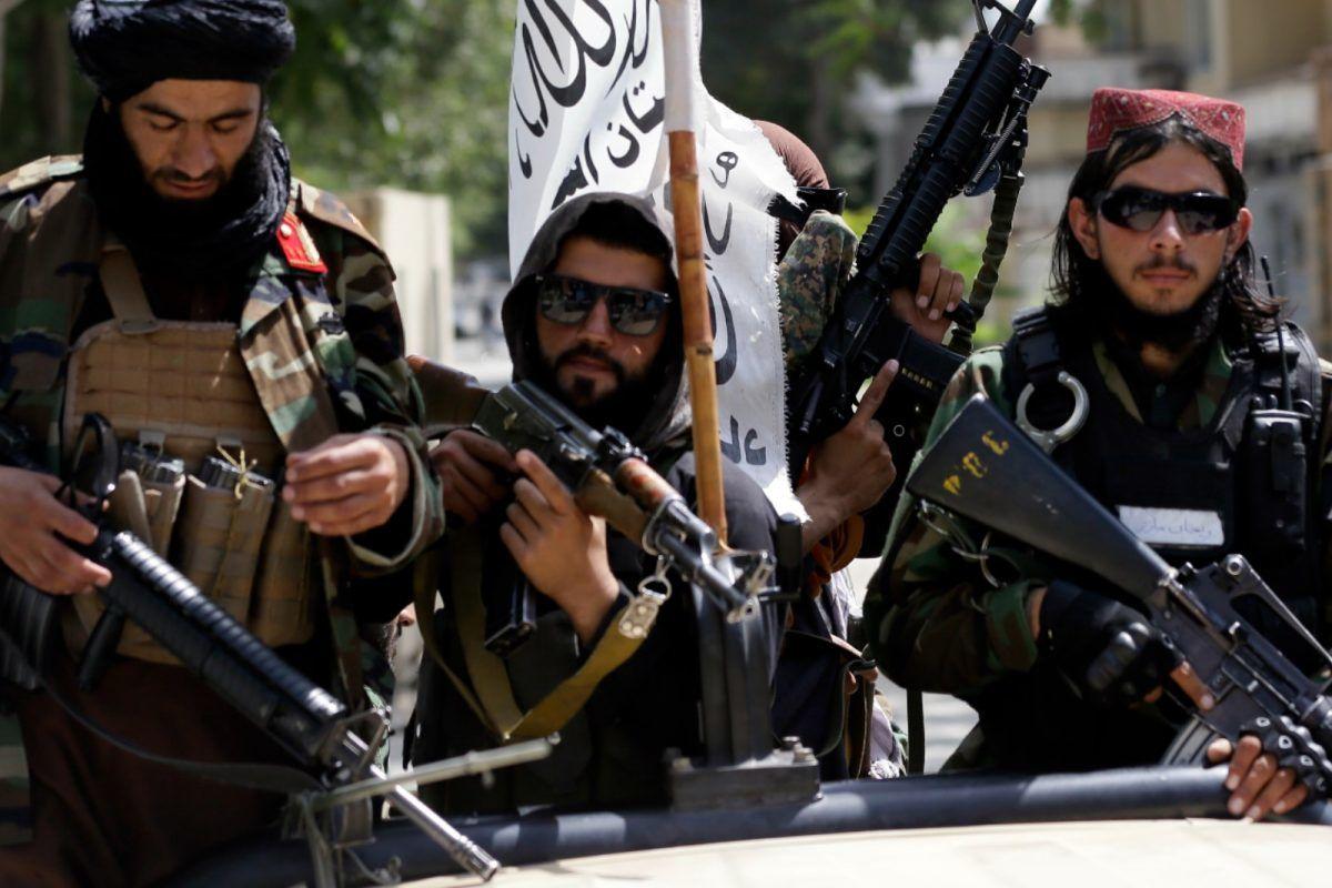 درخواست طالبان از زنان کادر درمان